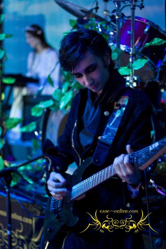Константин Ильин, музыкант, вокалист, группа ESSE